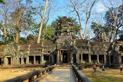 Le temple de Prohm Taprom de ventres photographie stock libre de droits