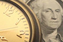 Le temps, c'est de l'argent concept d'affaires et de finances Photographie stock
