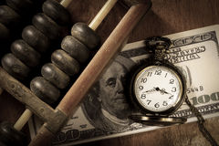 Le temps, c'est de l'argent, couleur de style de vintage. Photo libre de droits