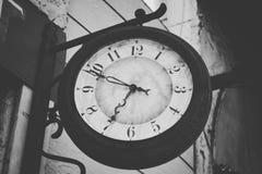 Le temps ne se tient toujours jamais photo stock