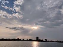 Le temps nuageux images stock