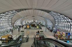 Le terminal Aéroport de Suvarnabhumi bangkok thailand Photographie stock libre de droits