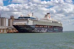 Le terminal de QEII aux docks de Southampton Images stock