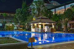 Le territoire de l'hôtel sous le ciel ouvert Le Cambodge cambodia photo libre de droits