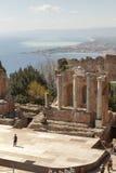 Le théâtre antique de Taormina Paysage photographie stock libre de droits
