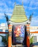 Le théâtre chinois de Grauman de vue de Hollywood Boulevard sur Hollywood Boulevard Image libre de droits