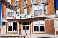 Le théâtre grand de palais en Dawson City, le Yukon image libre de droits