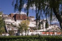 Le Thibet - le palais de Potala à Lhasa Photos libres de droits