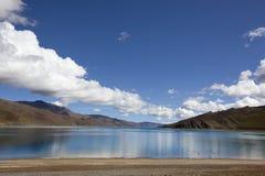 Le Thibet : yumtso de yamdrok de lac Photos stock