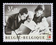 Le timbre imprimé en Belgique est consacré au 100th anniversaire de la Croix-Rouge internationale Image libre de droits