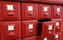 Le tiroir d'Esiimsi part dans le temple Photographie stock libre de droits