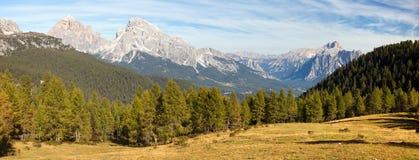 Le Tofane Gruppe e Hohe Gaisl, Dolomiti, Italia Fotografie Stock Libere da Diritti