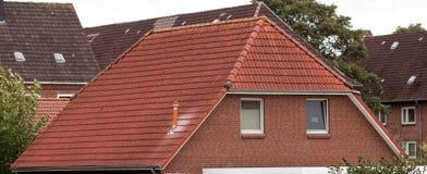 Le toit de la maison images libres de droits