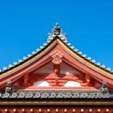 Le toit du temple traditionnel japonais Image stock