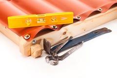 Le toit sur une base en bois Photos libres de droits