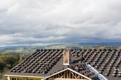 Le toit va dessous construction Photo stock