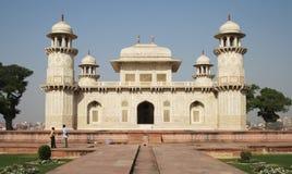 Le tombeau d'Itmad-ud-Daulah Photos stock