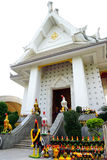 Le tombeau thaïlandais de Phan Norasing est considéré comme le symbole de l'honnêteté par les personnes locales Beaucoup de visit Image stock