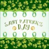 Le trèfle part du modèle Carte de voeux pour le jour de St Patricks Image libre de droits