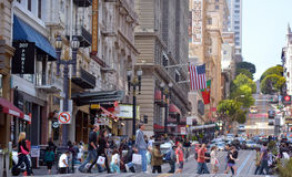 Le trafic dans le secteur financier de San Francisco CA Image stock