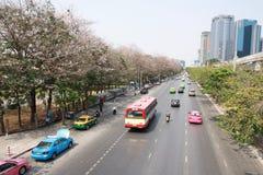 Le trafic de Bangkok dans le matin de samedi image libre de droits