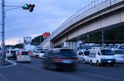 Le trafic de crépuscule photos libres de droits