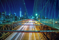Le trafic de pont de Brooklyn images stock