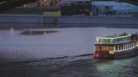 Le trafic de rivière de Berlin banque de vidéos
