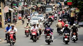 Le trafic de vélomoteur dans Ho Chi Minh City du centre (Saigon) Vietnam clips vidéos