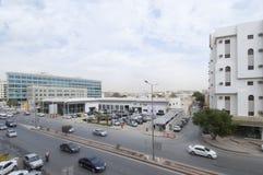 Le trafic de voitures de Dabab Steet dans la vieille ville de Riyadh, Arabie Saoudite 01 de gare Image libre de droits