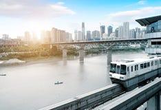 Le trafic dimensionnel de la Chine Chongqing photographie stock