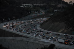 Le trafic Los Angeles 2016 de 405 autoroutes Photographie stock libre de droits