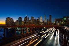 Le trafic occupé dans le pont de Brooklyn photo libre de droits