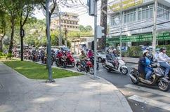 Le trafic occupé de Ho Chi Minh Photographie stock libre de droits