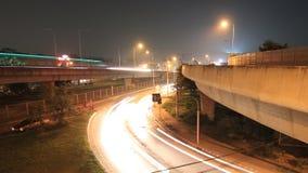 Le trafic occupé la nuit, laps de temps clips vidéos