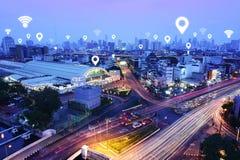 Le trafic, véhicules, le réseau de transmission sans fil image libre de droits