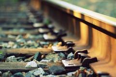 Le train dépiste le macro avec le foyer sélectif photographie stock