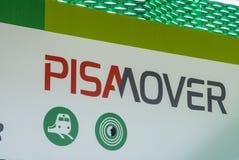 Le train de transfert de Pisamover entre l'aéroport et la station centrale de Pise - PISE ITALIE - 13 septembre 2017 Image stock