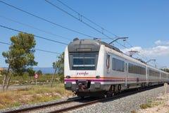 Le train de voyageurs en Espagne Photographie stock libre de droits