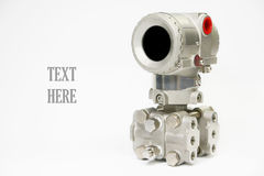 Le transmetteur de pression en pétrole et gaz traitent, envoient le signal à la pression de contrôleur et de lecture dans le syst Photographie stock libre de droits