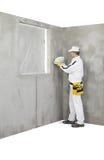 Le travailleur tenant une couleur prélève la palette Photographie stock libre de droits