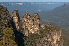 Le tre sorelle nel Mountans blu fotografie stock libere da diritti