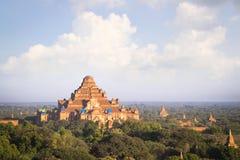 Le tremblement de terre a affecté au temple en Bagan Myanmar, pour être rénovent Photographie stock
