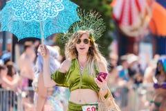 Le trente-sixième défilé annuel de sirène Photographie stock libre de droits