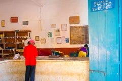 LE TRINIDAD, CUBA - 5 SEPTEMBRE 2015 : Magasin de gouvernement Photos libres de droits