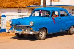 LE TRINIDAD, CUBA - 8 SEPTEMBRE 2015 : Vieille voiture américaine Photographie stock libre de droits