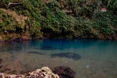 Le trou bleu intérieur de Belize Photographie stock