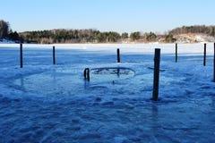 Le trou pour se baigner d'hiver Photo libre de droits