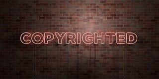 - Le tube au néon fluorescent se connectent la brique - vue de face GARANTIE LES DROITS D'AUTEUR - photo courante gratuite de red Photographie stock libre de droits