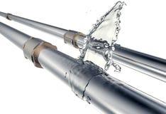 Le tube cassé coule l'eau, d'isolement sur le blanc illustration stock